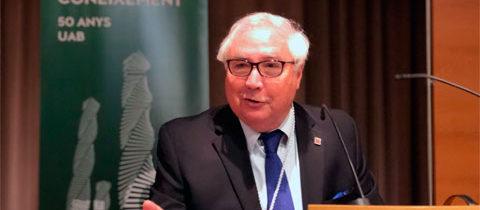 Manuel Castells, IP del grup CNSC, investit honoris causa per la UAB
